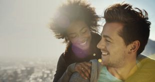 Signs that your love life need psychic help